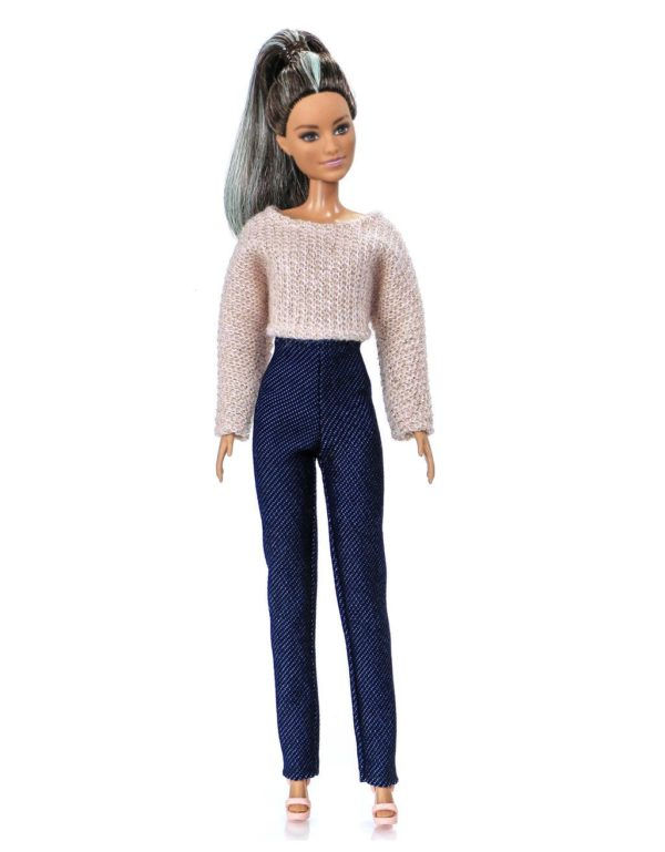 Barbie's outfit